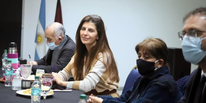 Temen que Bettina Romero despida al 70% de los municipales...